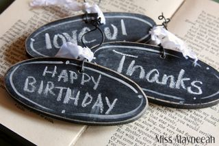 Chalkboard tags oval